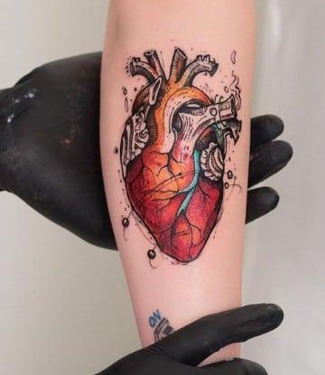 tatuajes de corazones reales humo