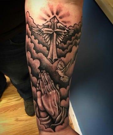 tatuajes de imagenes religiosas rezo