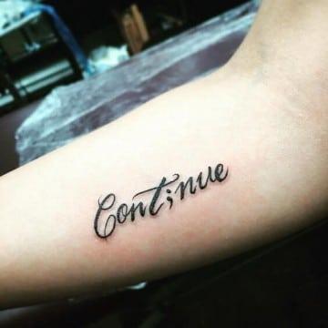 tatuajes de superación personal tipografico