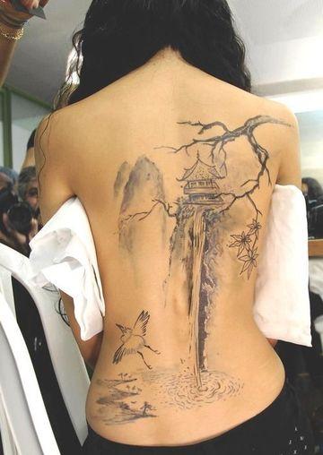 tatuajes de templos chinos mujer