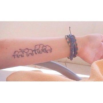 tatuajes-significativos-de-familia-sencillos