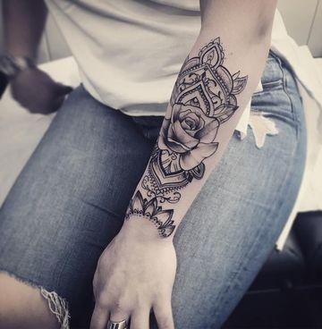 tatuajes bellos para mujer de rosas