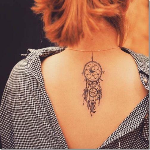 tatuajes de atrapasueños a color para mujeres