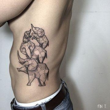 tatuajes de familias de elefantes hombres