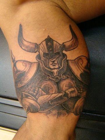 tatuajes de los caballeros del zodiaco tauro