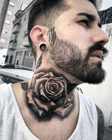 tatuajes de rosa para hombres cuello