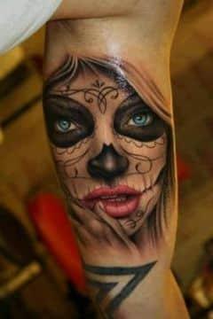 tatuajes de catrinas en el brazo color