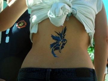 tatuajes de hadas goticas para mujeres