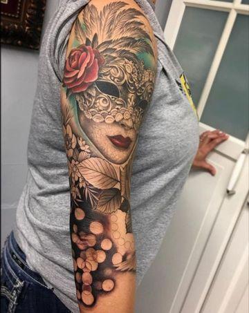 tatuajes de mascaras venecianas mujeres
