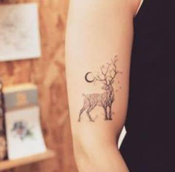 tatuajes de venados para mujeres pequeños