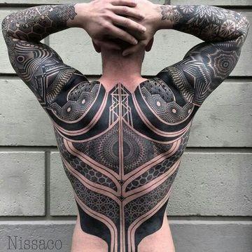 tatuajes grandes en la espalda hombre