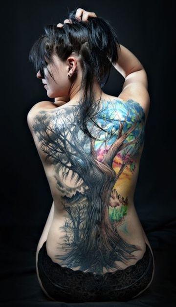 tatuajes grandes en la espalda mujer a color
