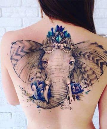 tatuajes de elefantes para mujeres en la espalda