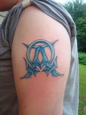 tatuajes de alfa y omega a color