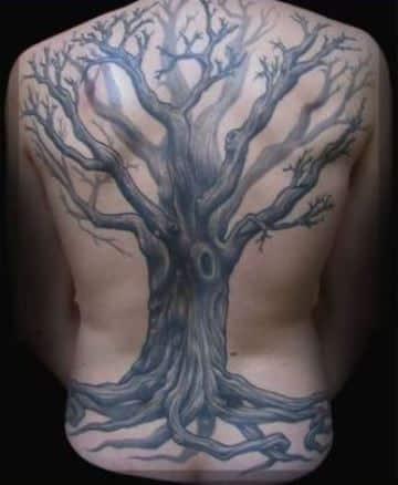 tatuajes de arboles muertos para hombres