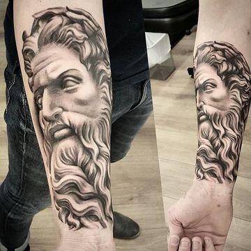 tatuajes de dioses del olimpo hombres