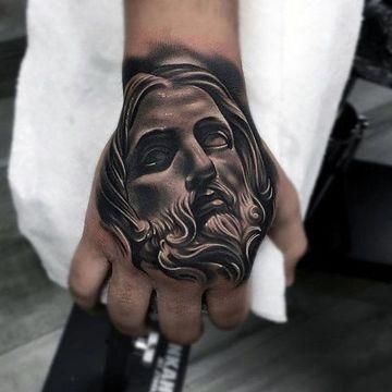 tatuajes en 3d de jesus en la mano
