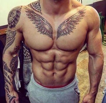 los tatuajes mas hermosos del mundo en el pecho