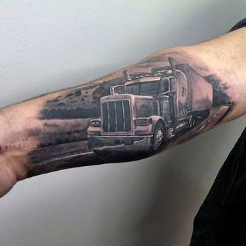 tatuajes de camiones en el brazo completos