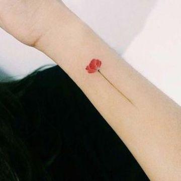 tatuajes bonitos para mujer pequeños