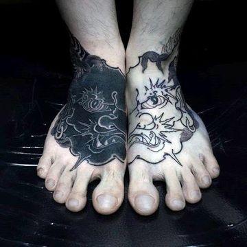 tatuajes en el pie para hombres de demonio japones