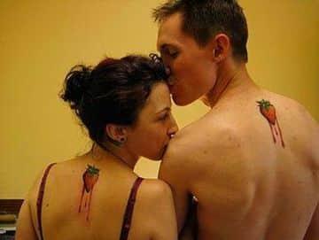 tatuajes para parejas en la espalda de enamorados
