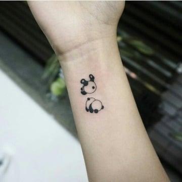 imagenes de tatuajes de pandas para mujeres