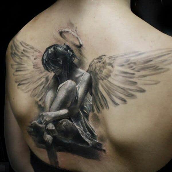 tatuajes de angeles en la espalda significado
