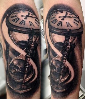 tatuajes de calaveras con reloj de arena