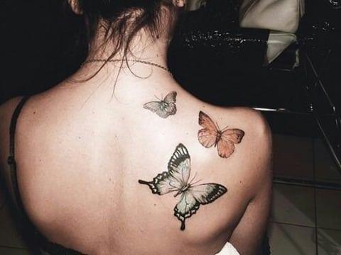 tatuajes de mariposas en la espalda para mujeres