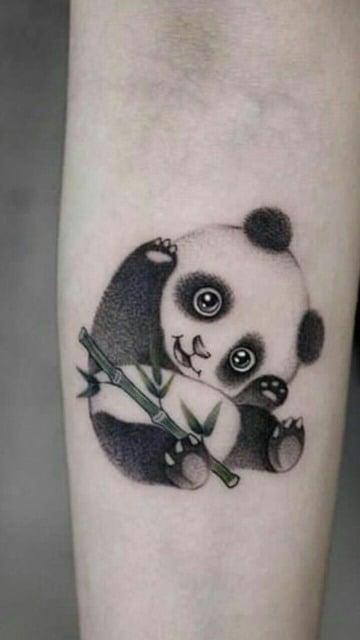 tatuajes de pandas para mujeres tiernos