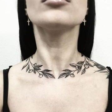 tatuajes en el cuello de mujer tumblr