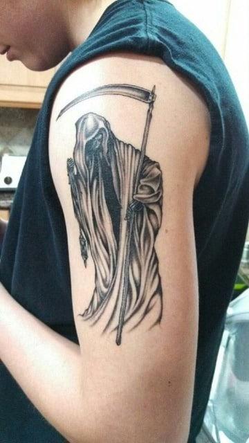 fotos de tatuajes de la muerte en el brazo