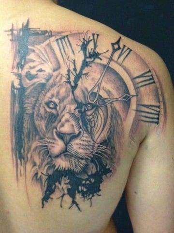 imagenes de tatuajes de leones en el hombro