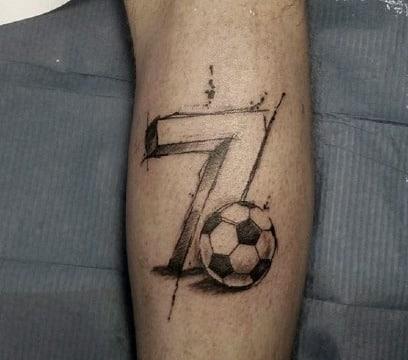 imagenes de tatuajes en la pantorrilla de futbol