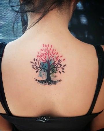 los mejores tatuajes del arbol de la vida en la espalda
