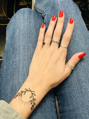 diseños de tatuajes para mujeres elegantes