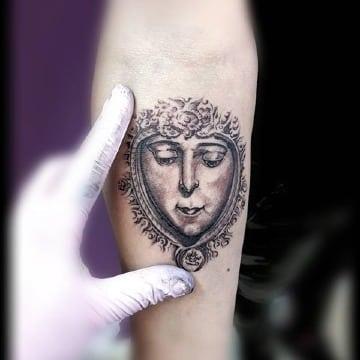 disrños de tatuajes de la virgen del rocio