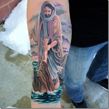 fotos de tatuajes de cristo en el antebrazo