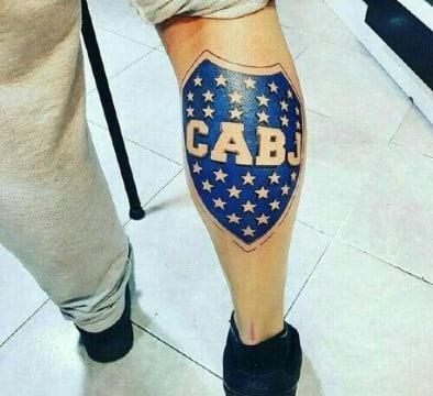 fotos de tatuajes de escudos de futbol