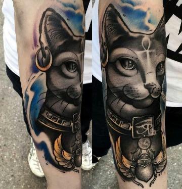 fotos de tatuajes de gatos egipcios