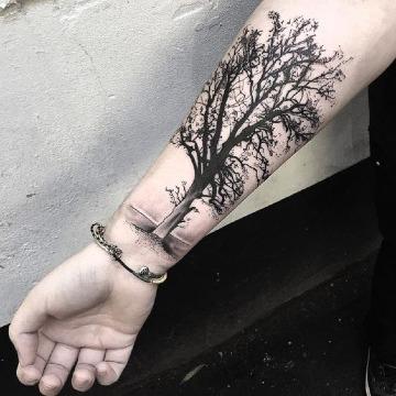 fotos de tatuajes en el brazo de arboles