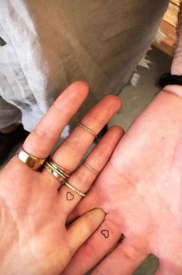 fotos de tatuajes de corazones para parejas