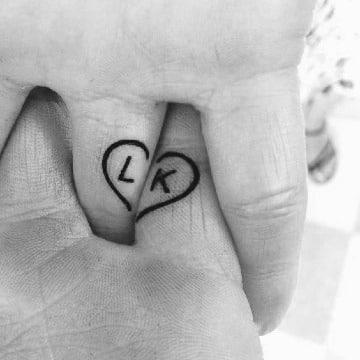 tatuajes de corazones para parejas originales