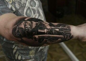 tatuajes relacionados con motos para hombres