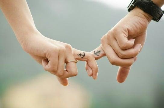 diseños de tatuajes iguales para parejas