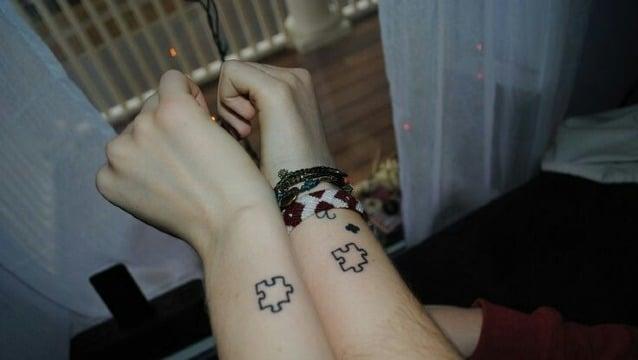 modelos de tatuajes de rompecabezas para parejas