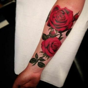 los mejores tatuajes de rosas realistas