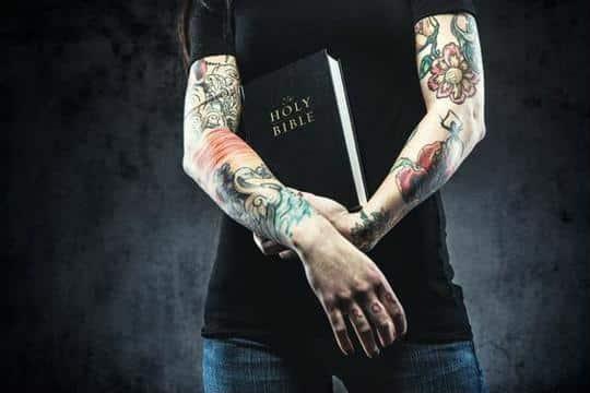 que dice la biblia sobre los tatuajes en el cuerpo