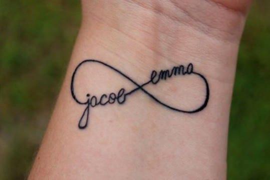 tatuajes de infinitos para mujeres con hijos